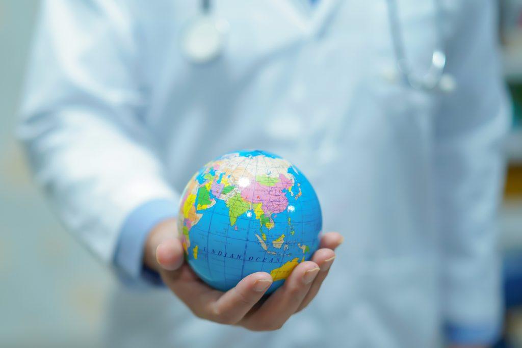 Die Verantwortung für die planetare Gesundheit soll in allen Gesundheitsberufen verankert werden.